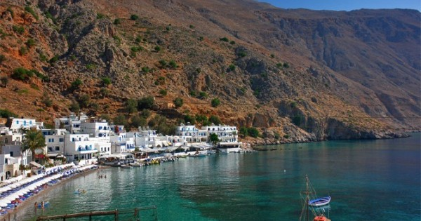 loutro guest 001